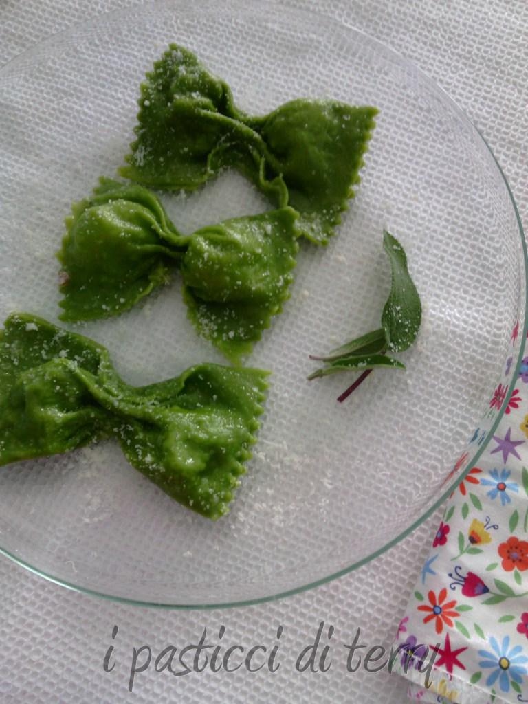 Ravioli a farfalla con bresaola e ricotta (14)