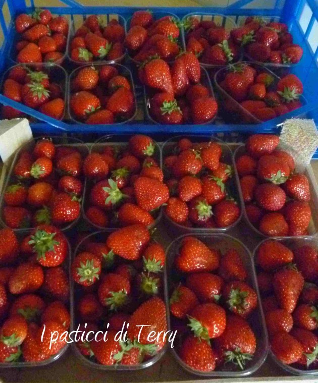 Confettura di fragole (25)