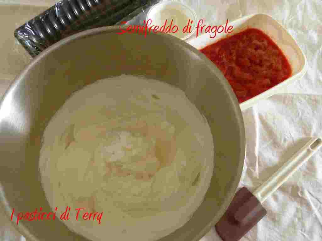 Semifreddo alle fragole (4)