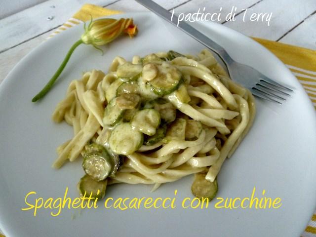 Spaghetti caserecci con zucchine (9)