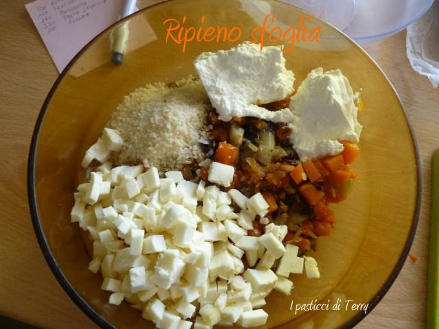 Torta salata - Sfoglia con zucca e radicchio (4)