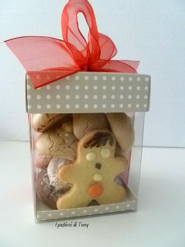 Biscotti al cioccolato farciti (12)