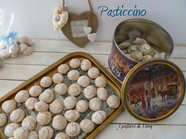 Pasticcino mandorle o pistacchio (3)