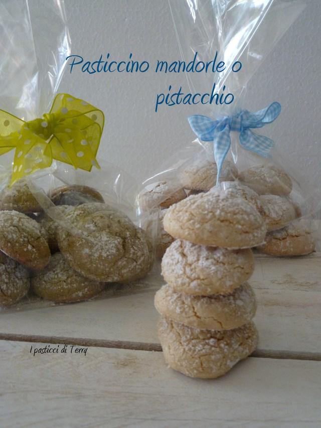 Pasticcino mandorle o pistacchio (4)
