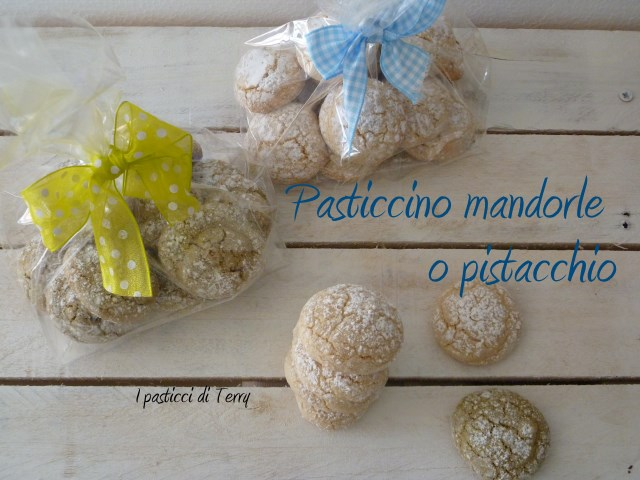 Pasticcino mandorle o pistacchio (5)