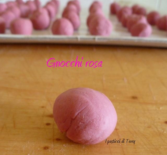 Gnocchi rosa con verdure (10)