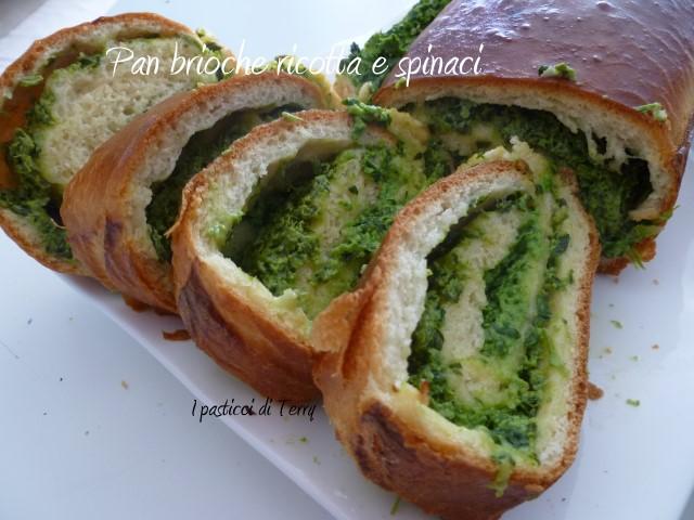 Pan brioche ricotta e spinaci (12)