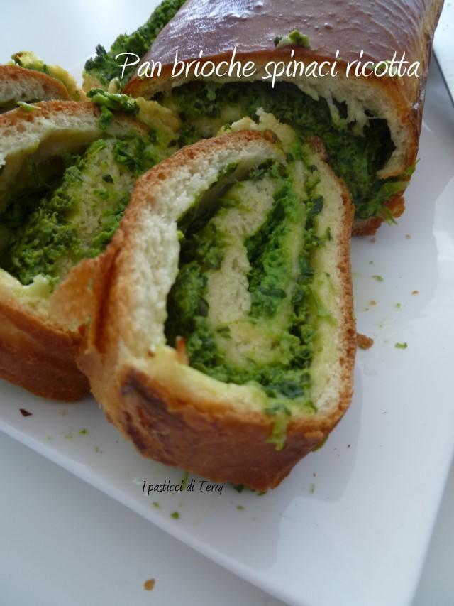 Pan brioche ricotta e spinaci (13)