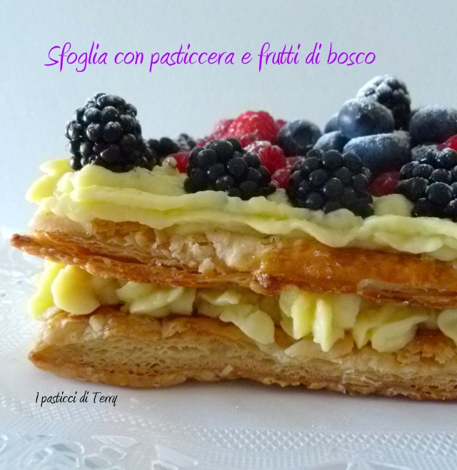 Sfoglia con pasticcera e frutti di bosco (15)