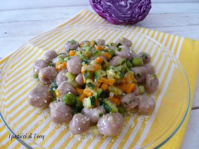 gnocchi-di-patate-e-cavolo-viola-11