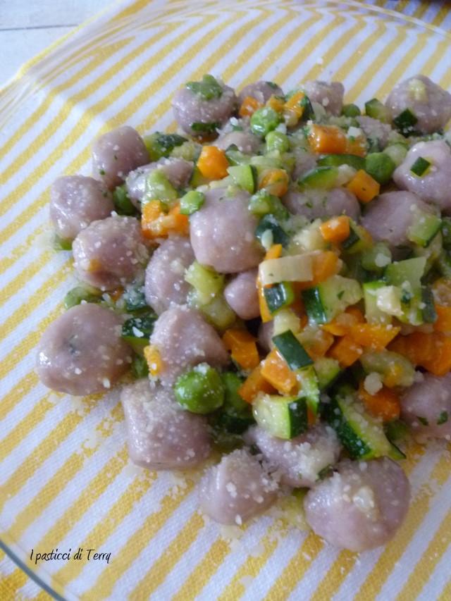 gnocchi-di-patate-e-cavolo-viola-12