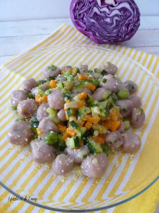 gnocchi-di-patate-e-cavolo-viola-9