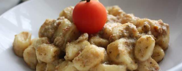 Gnocchi di ricotta con patè eoliano (12)