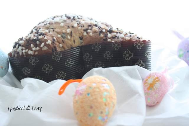 Colomba alla curcuma con mandarini e gocce di cioccolato (15)