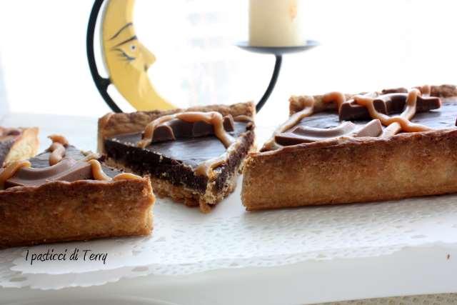 Crostata Sablè con caramello salato e ganache di cioccolato (19)