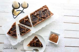 Crostata Sablè con caramello salato e ganache di cioccolato (22)