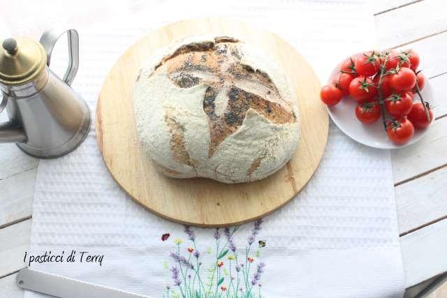 Pane semi integrale con farro e acqua di governo (12)