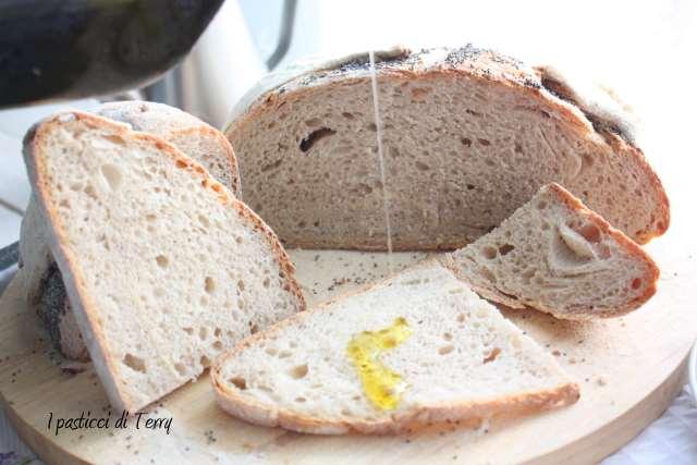 Pane semi integrale con farro e acqua di governo (23)