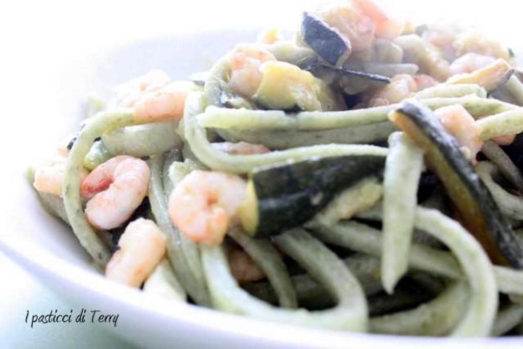 Spaghettoni quadri alle alghe in fiocchi (21)