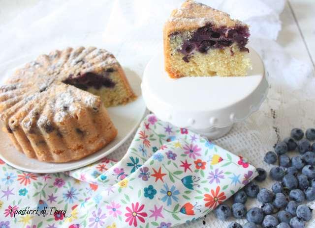 Torta soffice ai mirtilli (12)