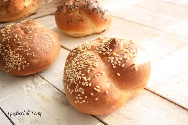 Nodi di pane con semi vari (13)