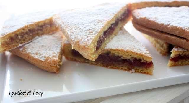 Tramezzini di torta con confettura (2)
