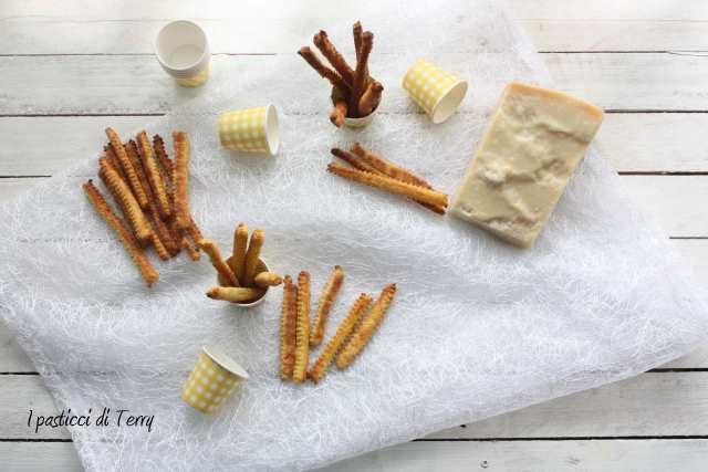 Bastoncini al formaggio (6)