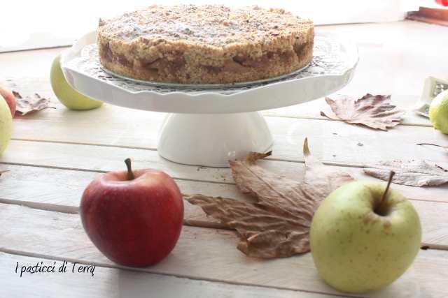 Torta Sbriciolata di semola e nocciole con mele caramellate (11)