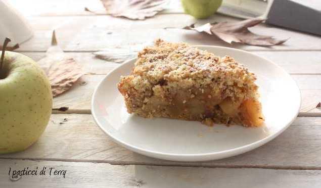 Torta Sbriciolata di semola e nocciole con mele caramellate (14)