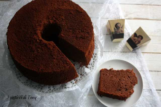 Fluffosa o Chiffon cake al cacao (14)