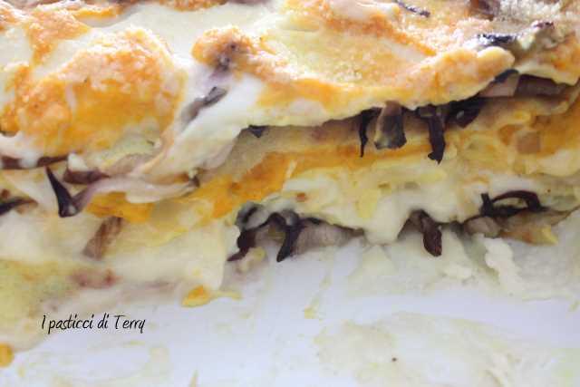 Lasagna di creps zucca zola e radicchio (17)