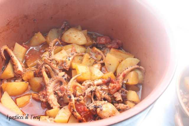 Polpo con patate e pomodori secchi (2)