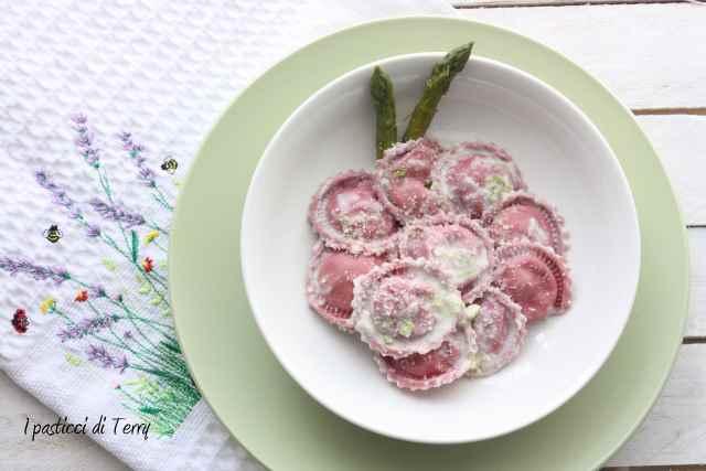 Cappellini rosa con asparagi (4)