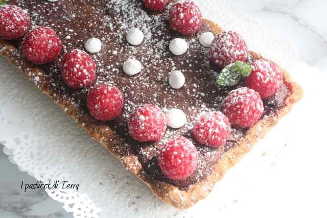 Crostata al cioccolato e lamponi (17)