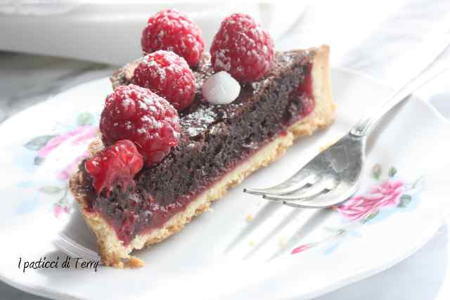 Crostata al cioccolato e lamponi (20)