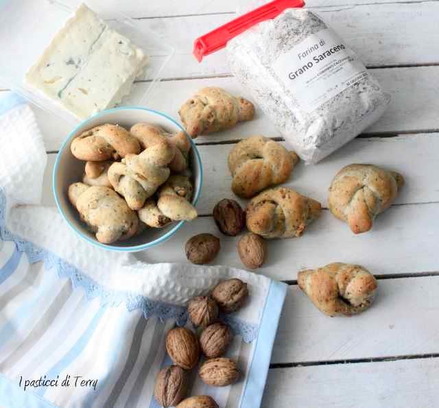 Nodini con grano saraceno zola e noci (14)