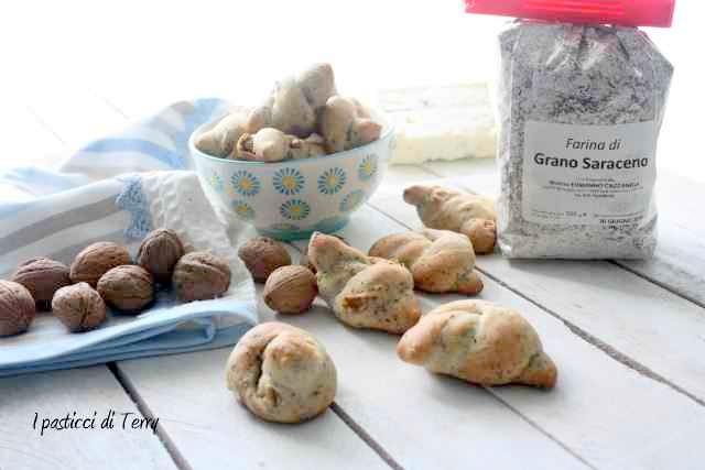 Nodini con grano saraceno zola e noci (15)