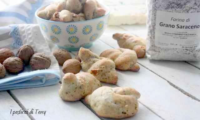 Nodini con grano saraceno zola e noci (17)