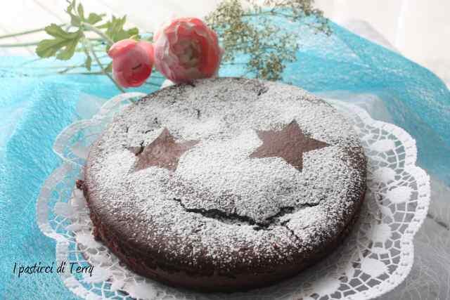 Torta doppia cottura cacao e confettura fragole (4)