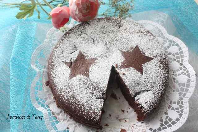 Torta doppia cottura cacao e confettura fragole (6)