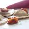 Pasta fresca – Ravioli di grano arso con stracciatella e pomodori confit